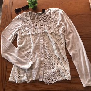 BKE Boutique size L lacy, long sleeved cream top